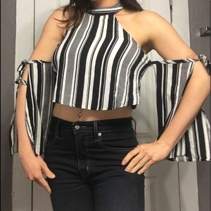 Tops - Crop top